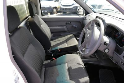 Nissan cab space